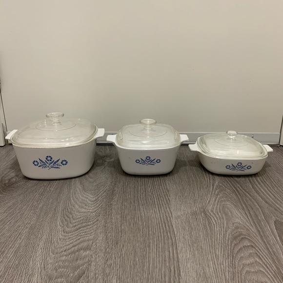 Set of 3 CorningWare vintage casserole dishes